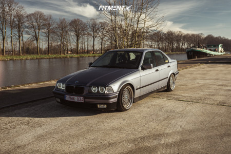1997 BMW 318i - 17x8.5 40mm - Japan Racing Jr9 - Coilovers - 195/40R17
