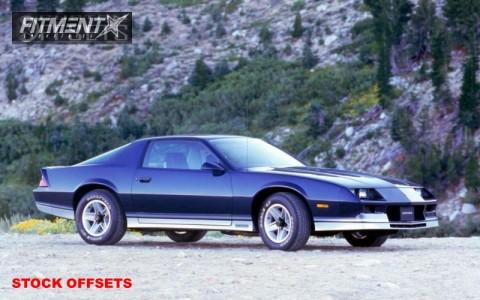 1982 Chevrolet Camaro - 15x7 0mm - Stock Stock - Stock Suspension - 235/65R15