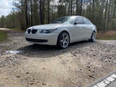 2008 BMW 535xi - 19x9.5 22mm - VMR V705 - Stock Suspension - 225/40R19