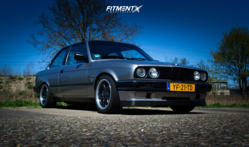1990 BMW 318i - 16x7.5 25mm - Ac Schnitzer Type 1 - Coilovers - 205/45R16
