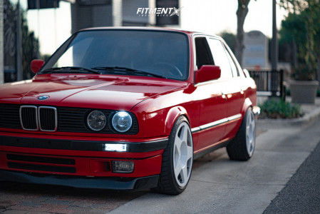 1991 BMW 318i - 17x8 10mm - Fifteen52 Tarmac - Coilovers - 215/40R17