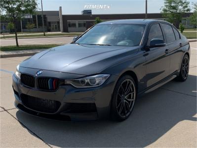 2014 BMW 335i xDrive - 19x8.5 40mm - XXR 559 - Stock Suspension - 225/40R19