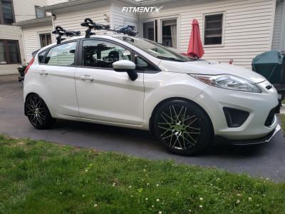 2012 Ford Fiesta - 17x7 40mm - Tuners D17 - Lowering Springs - 205/45R17