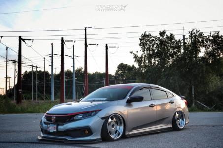2019 Honda Civic - 18x9.75 -5mm - SSR Vienna Dish - Air Suspension - 215/30R18