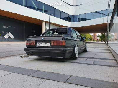 1987 BMW 320i - 16x8.25 0mm - XXR 527 - Air Suspension - 195/40R16