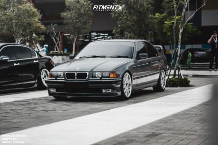 1998 BMW 318i - 18x8.5 40mm - Breyton Competition - Lowering Springs - 225/45R18
