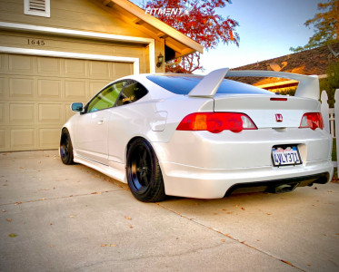 2002 Acura RSX - 17x8 15mm - Klutch Ml7 - Coilovers - 225/45R17