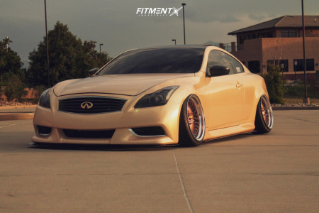 2009 Infiniti G37 - 19x9.5 -8mm - GMR Sf-8 - Air Suspension - 235/35R19