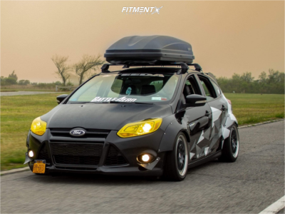 2013 Ford Focus - 17x7 60mm - HRE 540r - Coilovers - 215/45R17