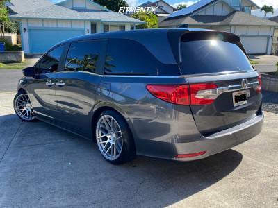2019 Honda Odyssey - 20x10.5 35mm - MRR Gf07 - Coilovers - 245/40R20