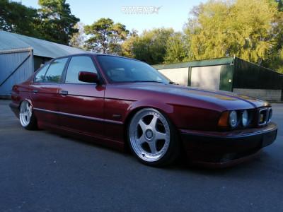 1995 BMW 525i - 18x8 40mm - Dare F5 - Air Suspension - 205/40R18