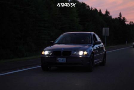 2004 BMW 325xi - 17x8 35mm - Petrol P2b - Stock Suspension - 215/45R17