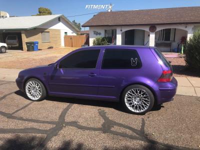 2005 Volkswagen GTI - 17x9 35mm - Niche Citrine - Lowering Springs - 245/40R17