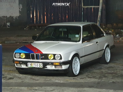 1987 BMW 320i - 17x8.5 15mm - 3SDM 0.05 - Stock Suspension - 205/45R17