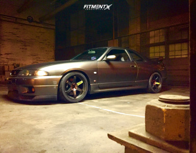 1995 Nissan GT-R - 18x10.5 15mm - Rays Engineering Te37 - Coilovers - 285/30R18