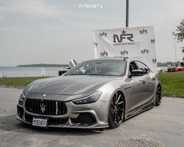 2016 Maserati Ghibli - 22x9 22mm - Savini BM15 - Air Suspension - 245/30R22