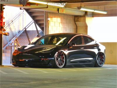 2018 Tesla 3 - 20x9 30mm - Ace Wheels Driven - Air Suspension - 255/35R20