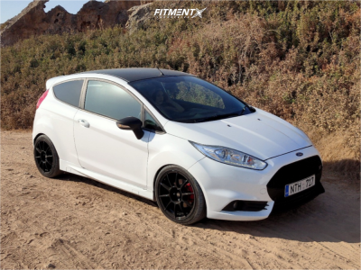 2016 Ford Fiesta - 17x7 25mm - Sparco Ff-1 - Coilovers - 205/40R17