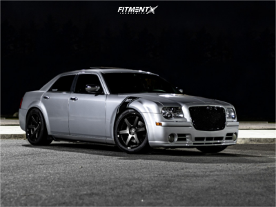 2005 Chrysler 300 - 20x9 18mm - Niche Altair - Lowering Springs - 275/40R20