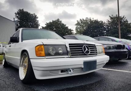 1989 Mercedes-Benz 190E - 17x8.5 15mm - JNC Jnc004 - Coilovers - 215/40R17
