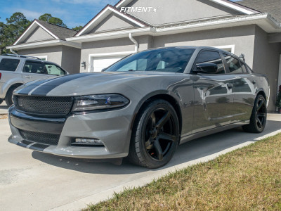 2017 Dodge Charger - 20x9.5 18mm - Voxx Replicas Hellcat 2 - Stock Suspension - 275/40R20