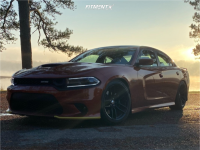 2020 Dodge Charger - 20x10.5 25mm - Voxx Replicas Hellcat Widebody - Coilovers - 275/40R20