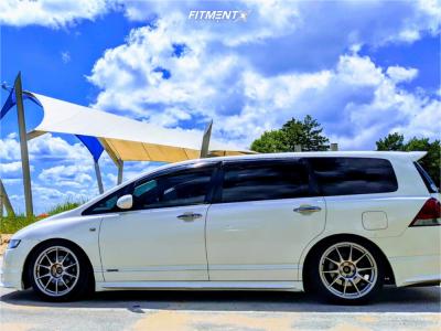 2006 Honda Odyssey - 18x9.5 35mm - WedsSport Tc-105n - Coilovers - 245/40R18