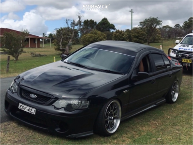 2004 Ford Falcon XR6 - 18x9.5 12mm - Work D9r - Coilovers - 215/40R18