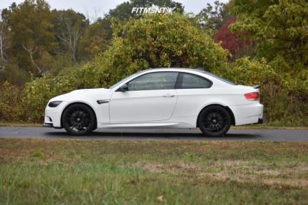 2008 BMW M3 - 20x9.5 20mm - OZ Racing Ultraleggera - Stock Suspension - 245/35R20