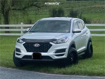 2019 Hyundai Tucson - 20x10 40mm - Helo He890 - Lifted - 275/45R20