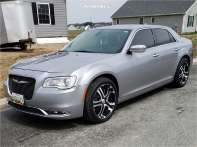 2016 Chrysler 300 - 20x8.5 35mm - Incubus Paranormal - Stock Suspension - 255/45R20