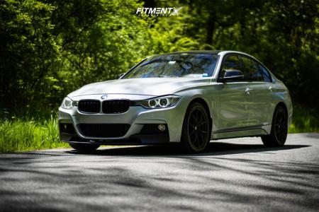 2013 BMW 335i xDrive - 18x8 40mm - Drag DR67 - Stock Suspension - 225/40R18