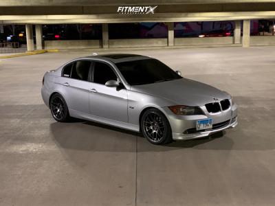 2006 BMW 325i - 18x8.5 35mm - Aodhan AH-X - Stock Suspension - 235/40R18