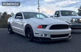 2013 Ford Mustang - 20x9 25mm - Rovos Durban - Lowered on Springs - 275/35R20