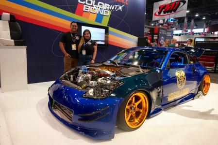 2006 Nissan 350Z - 18x9.5 10mm - Cosmis Racing Xt-006r - Air Suspension - 225/40R18