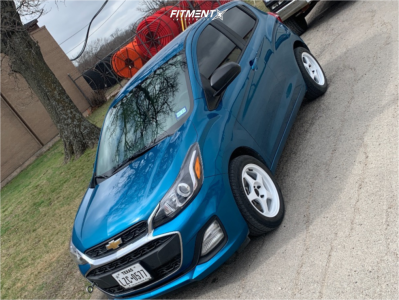 2019 Chevrolet Spark - 15x6.5 35mm - Avid1 Av8 - Stock Suspension - 185/55R15