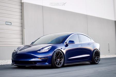 2020 Tesla 3 - 19x9.5 22mm - Volk Ze40 - Coilovers - 265/35R19