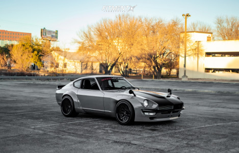 1973 Nissan 240Z - 18x9 -18mm - American Racing VF502 - Coilovers - 245/35R18