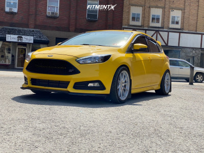 2018 Ford Focus - 18x8.5 35mm - Aodhan Ah09 - Coilovers - 255/35R18