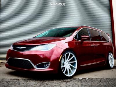 2018 Chrysler Pacifica - 22x10.5 25mm - Savini BM15 - Coilovers - 265/35R22