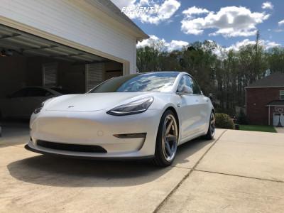 2019 Tesla 3 - 20x9 30mm - Klutch Slc3 - Lowering Springs - 245/35R20