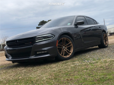2015 Dodge Charger - 20x9 20mm - Voxx Replicas Hellcat Widebody 2 - Stock Suspension - 275/40R20