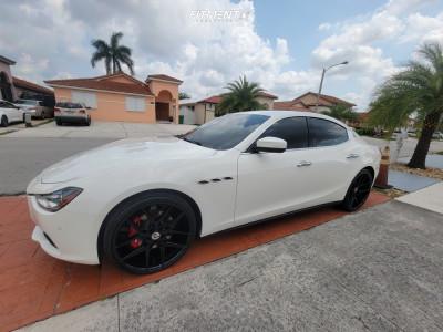 2017 Maserati Ghibli - 22x9 35mm - Pinnacle Splendent - Stock Suspension - 245/25R22