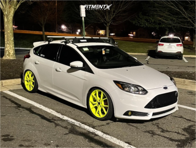 2014 Ford Focus - 19x8.5 30mm - BBS Sr - Coilovers - 235/40R19
