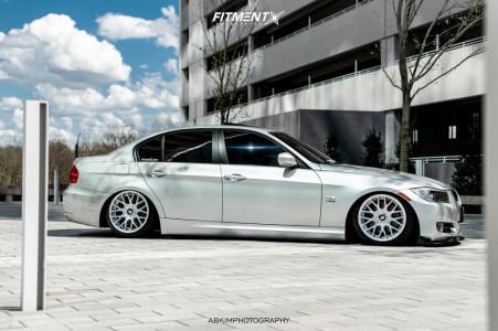 2011 BMW 328i xDrive - 17x9 30mm - Rotiform Rse - Air Suspension - 215/40R17