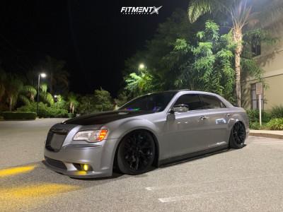 2011 Chrysler 300 - 20x9 20mm - OE Performance 161 - Air Suspension - 245/45R20