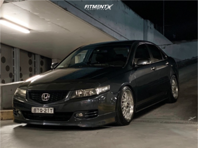 2006 Acura TSX - 17x9 40mm - BBS RG137 - Coilovers - 235/45R17