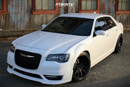2018 Chrysler 300 - 20x9 18mm - Ferrada Fr4 - Coilovers - 245/45R20