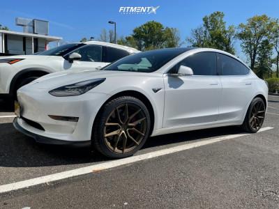 2020 Tesla 3 - 19x8.5 22mm - XXR 559 - Stock Suspension - 245/40R19
