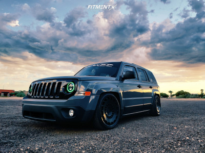 2017 Jeep Patriot - 19x8.5 25mm - Rotiform Ccv - Coilovers - 225/40R19